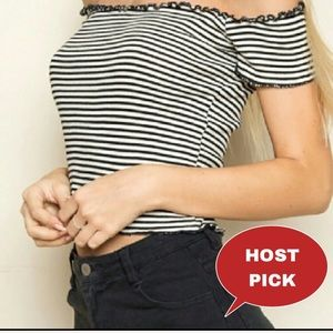NWOT BRANDY MELVILLE STRIPED ANYA CROP TOP